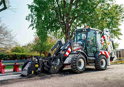 JCB 3CX Compact Highways Master